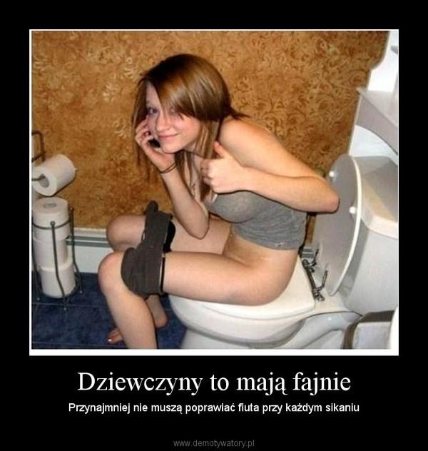 небольшого молодая девушка туалете пропозиция