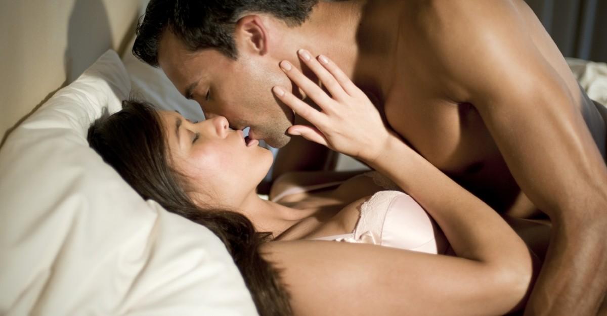 Оральный секс между мужем и женой